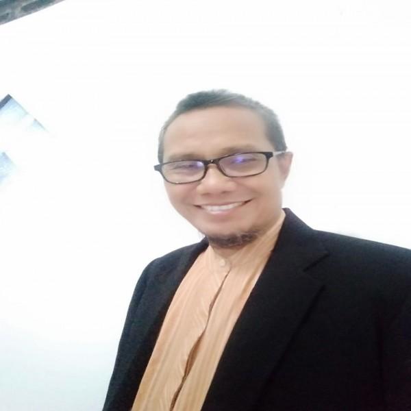 SIT, SOLUSI  PARADIGMATIK    PENDIDIKAN  ISLAM; Latar Pemikiran Berdirinya Sekolah Islam Terpadu.